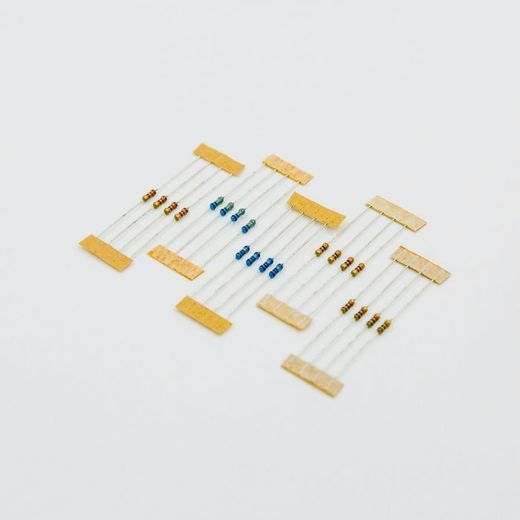 Resistor 330 Ohm ¼W 5% Carbon Film